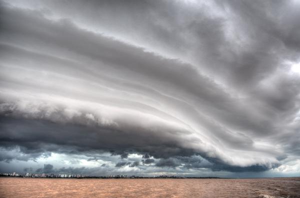 Gewitter auf dem Rio de la Plata 1