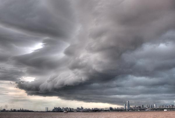 Gewitter auf dem Rio de la Plata 2