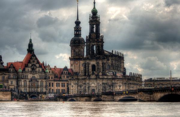 Dresdner Dom und Augustusbrücke