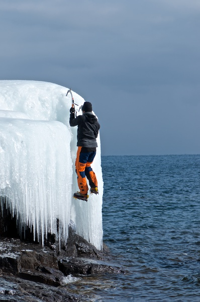 Eisbouldern am Lake Superior
