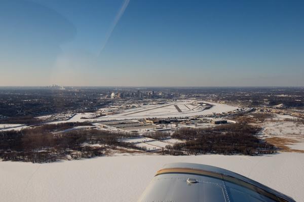 Saint Paul (vorne) und Minneapolis (hinten)