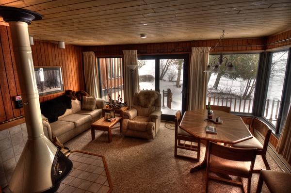 Wohnzimmer von Bens Cabin
