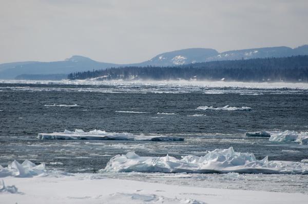 Lake Superiors Küste von Nicks Cabin aus