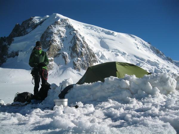 Zelten am Col du Midi