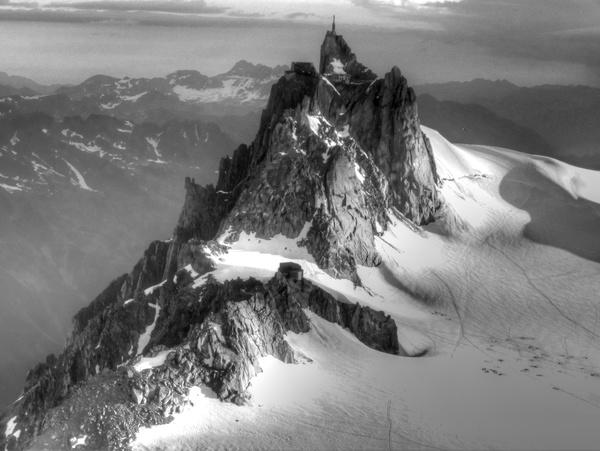 Aiguille du Midi aus der NW-Flanke des Mt Blanc du Tacul