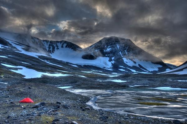 HDR mit Zelt und Tsähkkok