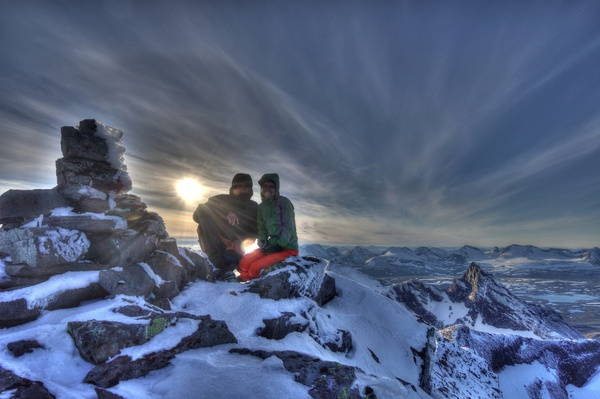 Gipfelfoto auf dem Bårddetjåhkkå (2005m)